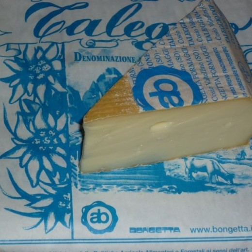 CheeseTaleggioBlue